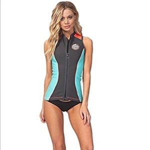 1c2e934013 Rip Curl Swim - 💥New Rip Curl sleeveless surfing wetsuit vest 🌊